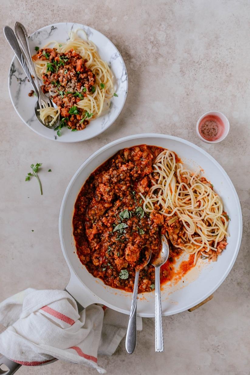 przepis na Wegańskie spaghetti bolognese z soczewicą